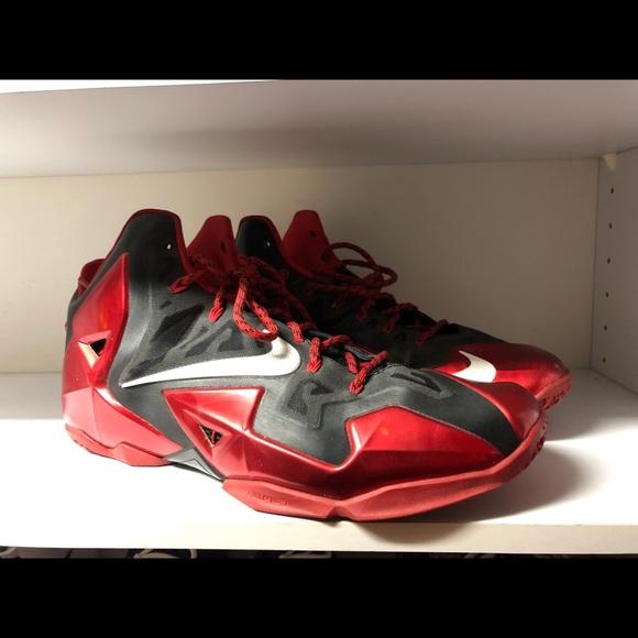 2a254e811e4 Nike lebron 11 xi black red bred Miami Nikeid. M 5c8c6da69fe4869afde01c6e
